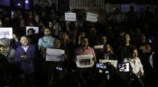 Egypte: le président Sissi bloque des sites internet pour museler les médias